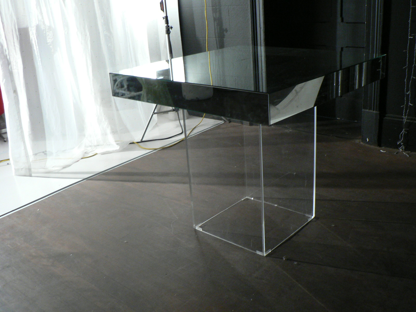 Mirror top with perspex base